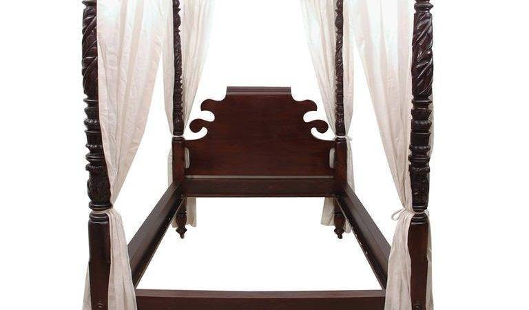 Acanthus Carved Four Poster Federal Bed Queen
