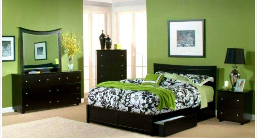 Accessories Gorgeous Bedroom Green Walls Purple Colors