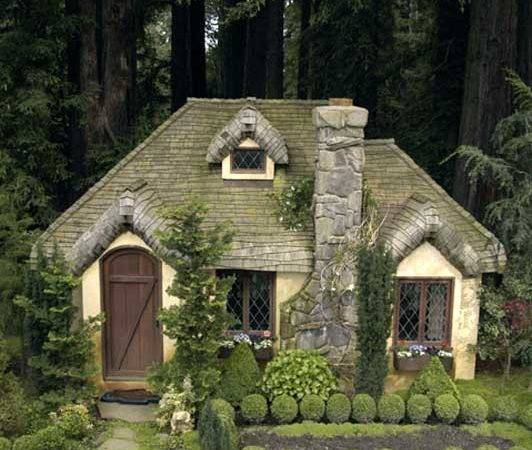 Aplaceimagined English Cottage Playhouse