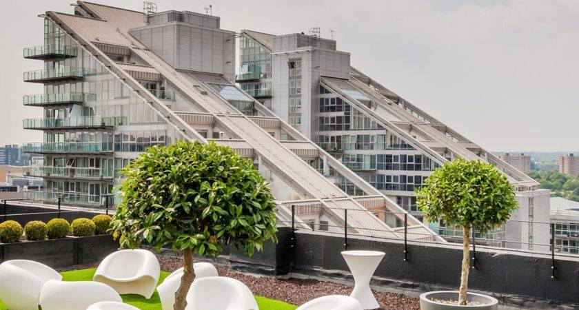 Architecture Surprisingly House Rooftop Gardens Designs