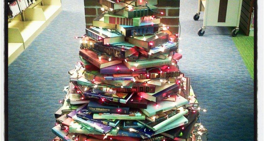 Atg Quirkies Books Build Christmas Tree