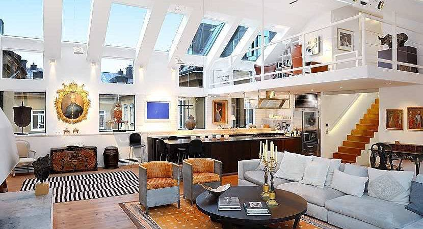 Beautiful Loft Stockholm High Ceilings