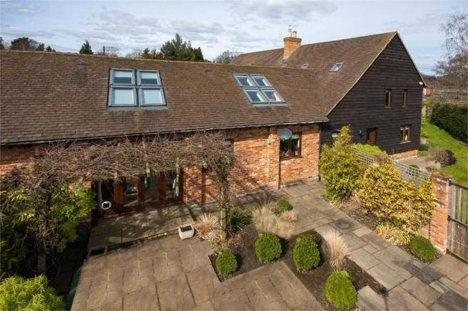 Bedroom Barn Conversion Sale Pyrford Road