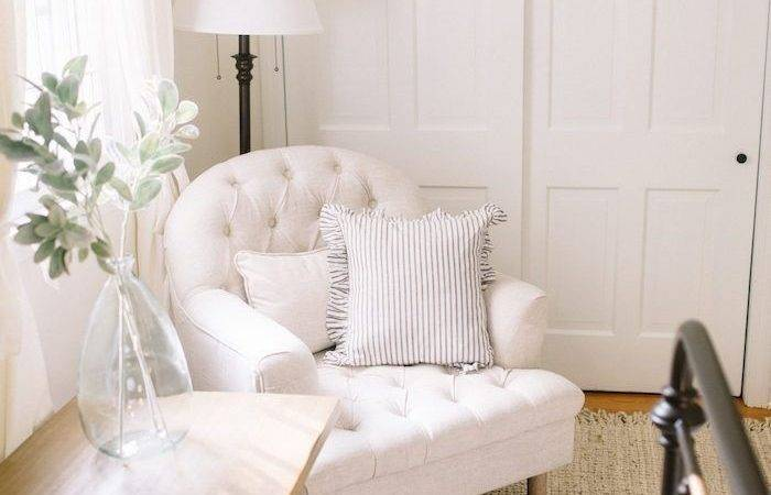 Bedroom Seating Ideas Small Spaces Best