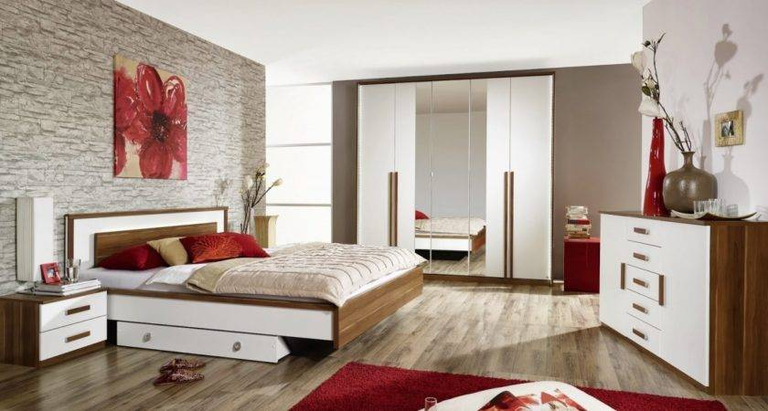 Bedrooms Couples Red Small Bedroom Ideas