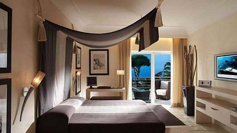 Bloombety Trends Hotel Room Decorating Ideas