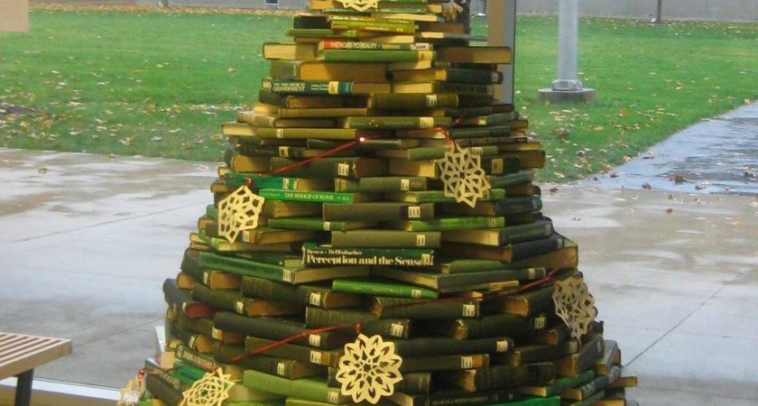 Book Christmas Tree Displays Small Academic Libraries