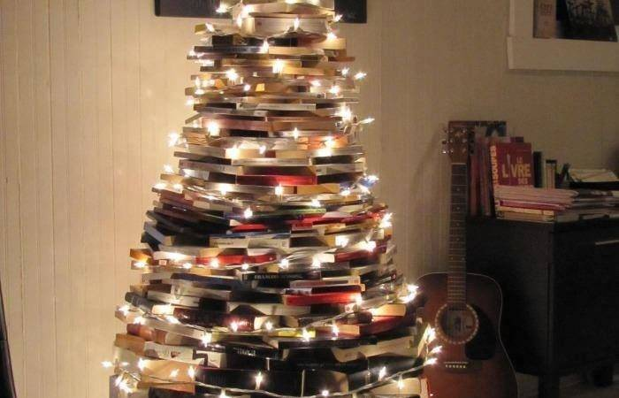 Book Xmas Tree Bobbi Blog
