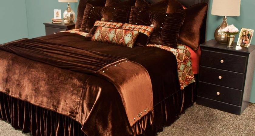 Camelot Bedding Set