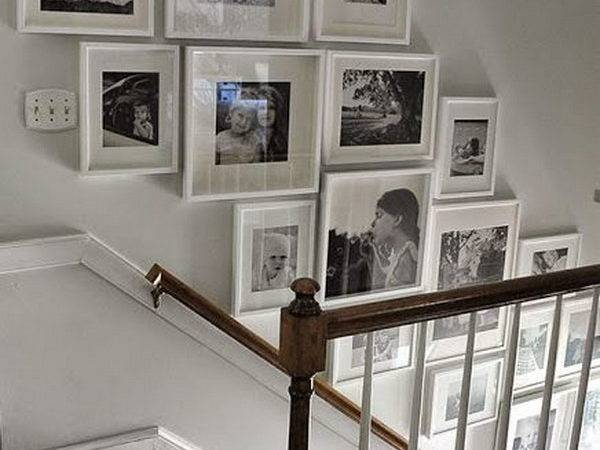 Chic Ways Decorate Your Staircase Wall Noted List