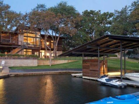 Compact Relaxing Home Weekend Lakeside Retreat