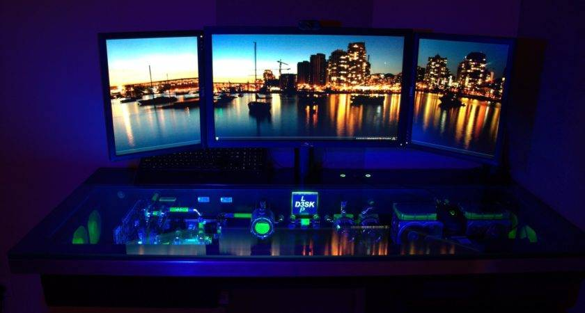 Cool Gaming Desks Ideas Gamers