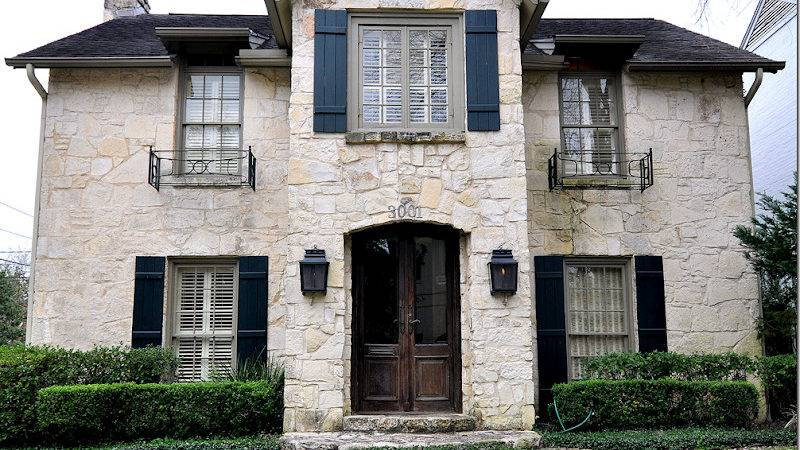 Cote Texas Stone House