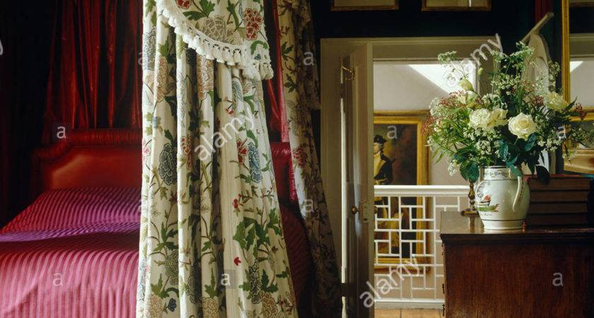 Country Bedroom Four Poster Bed Floral Drapes
