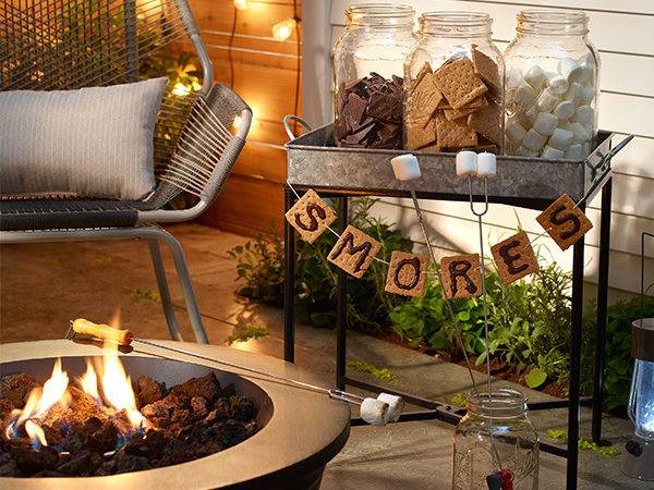 Cozy Fall Patio Decorating Ideas Digsdigs