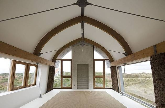 Curved Roof House Tiled Exterior