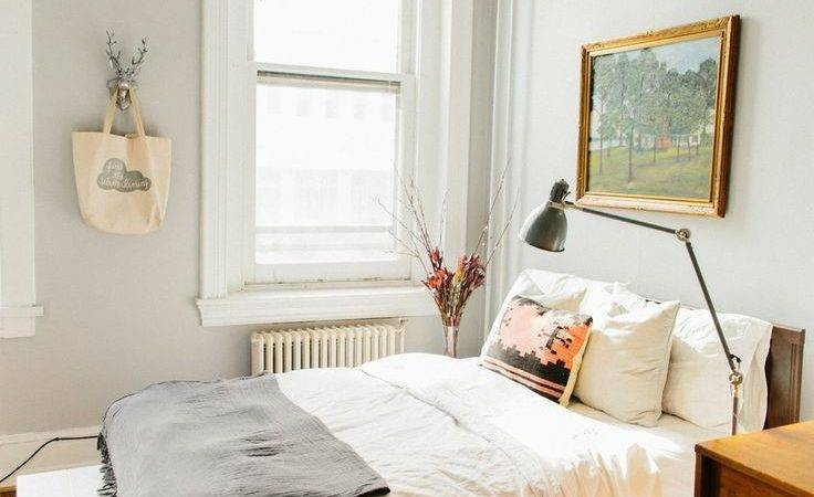 Decorate Bedroom White Walls