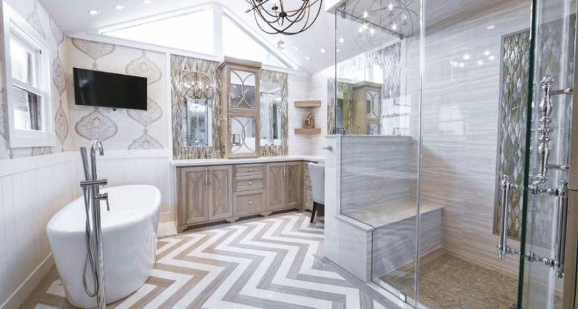Decorate Large Bathroom Spaces