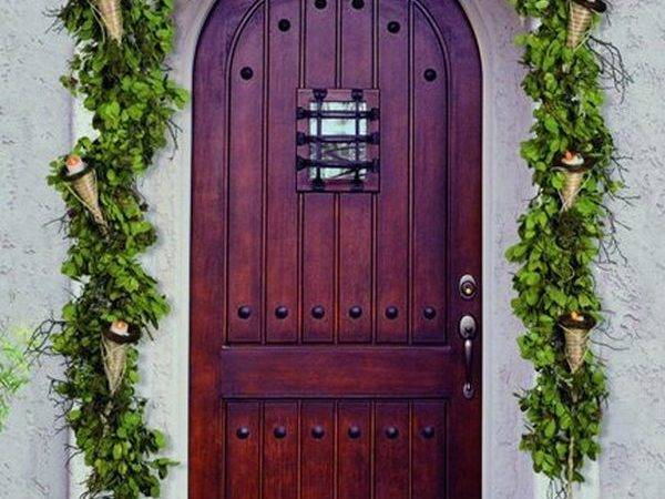 Decorate Your Front Door Holidays