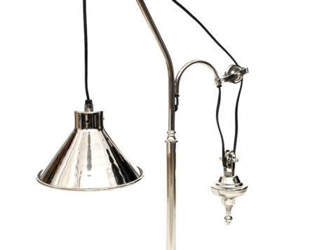 Deluxe Design Desk Lamp Hanging Against Weight