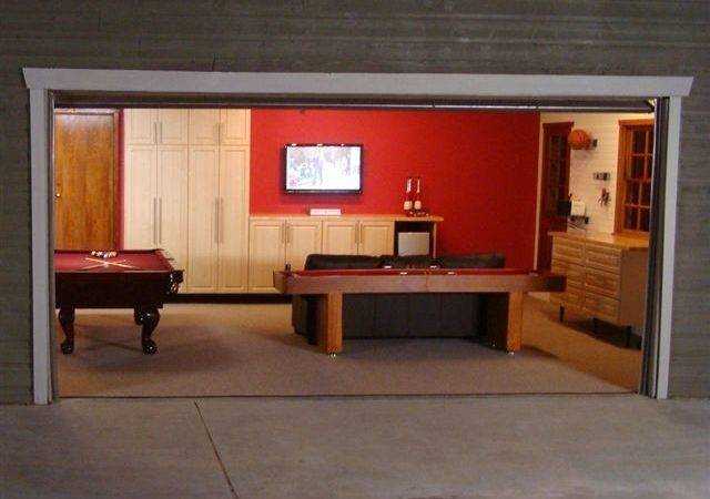 Deluxe Garage Game Room Contemporary Shed