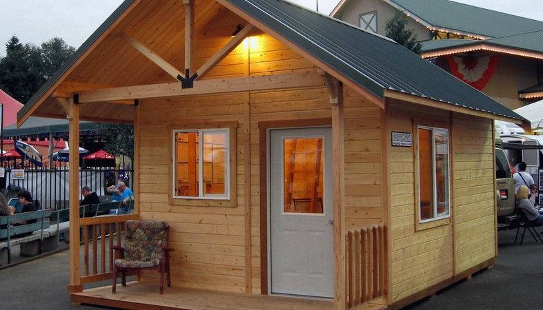 Design Your Own Tiny House Wood Material Look Natural