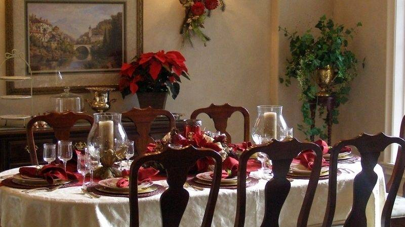 Dining Room Tables Decorated Christmas Mag