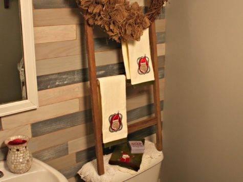 Don Forget Your Bathroom Decorate Christmas