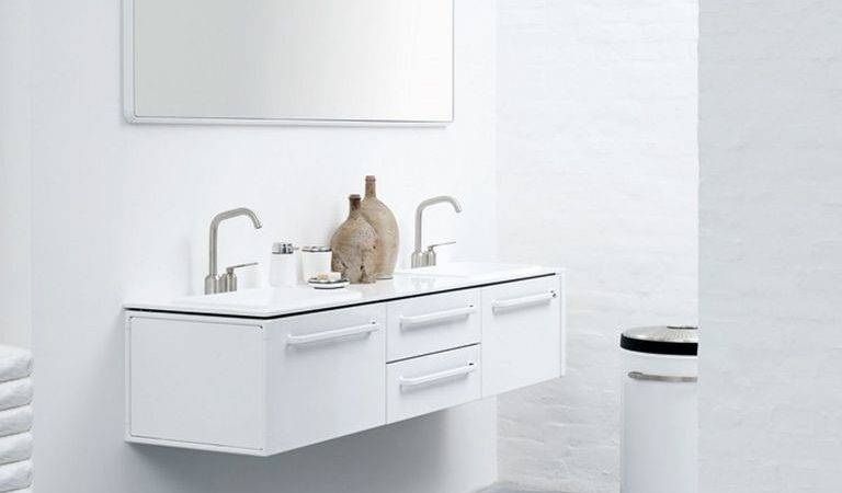 Double Stainless Steel Faucet Small Bathroom Plan