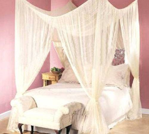 Dreamma Post Bed Canopy Four Corner Mosquito Bug
