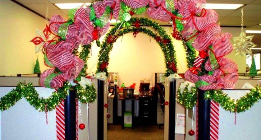 Elegant Yet Fun Office Bay Decoration Themes