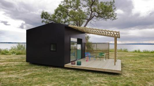 Flat Packed Mini House Takes Two Days Install