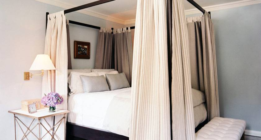 Four Poster Bed Photos
