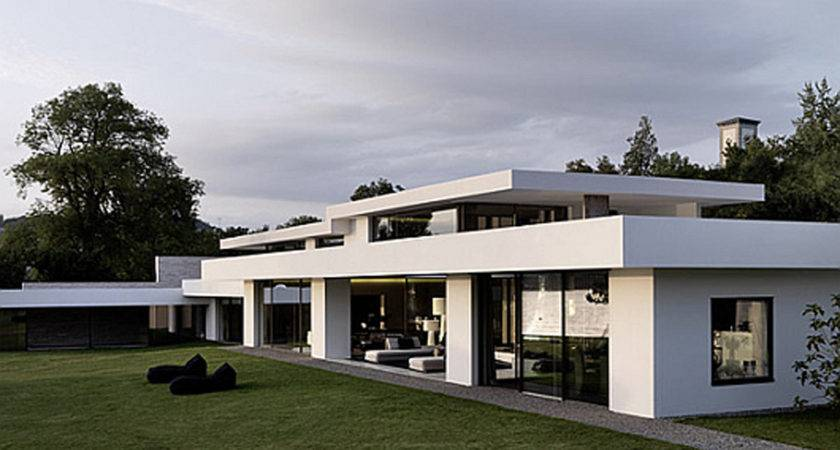 Futuristic White Modern Dream House Iroonie