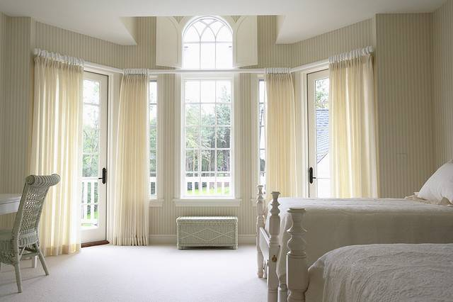 Girls Bedroom Large Bay Window Traditional