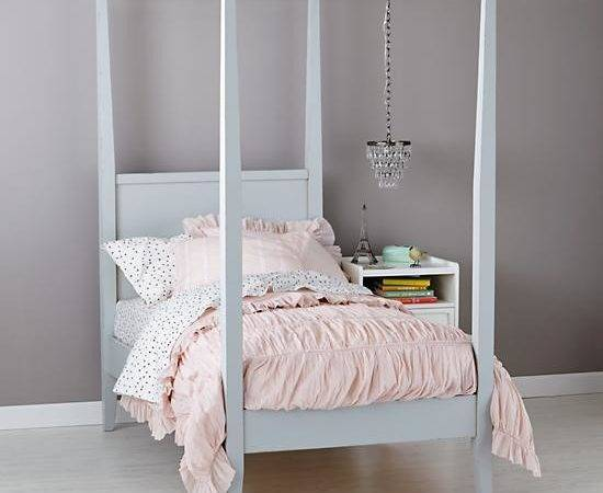 Girls Royal Canopy Bed Land Nod