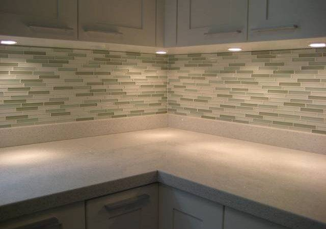 Glazzio Glass Tile Backsplash Antico Stone