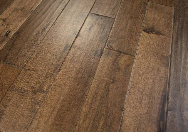 Hickory Hand Scraped Prefinished Solid Wood Flooring