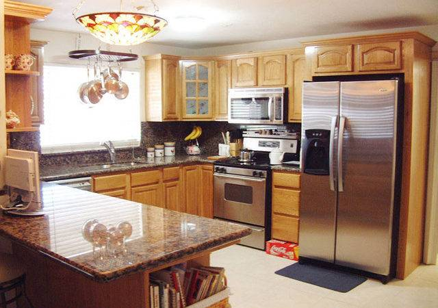 Honey Oak Kitchen Cabinets Home Design Traditional