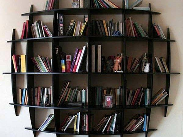 Ideas Shake Bookshelves