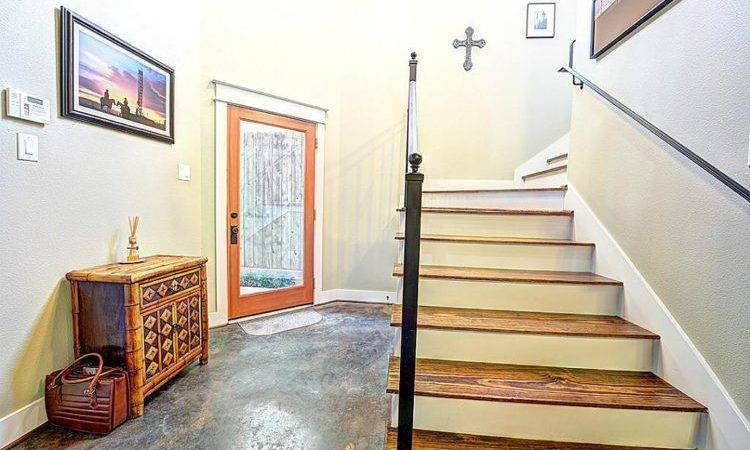 Immaculate Rice Military Townhome Sale Asbury