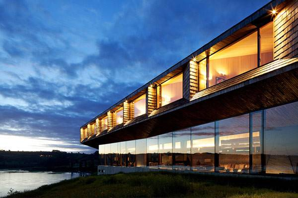 Imposing Modern Hotel Extensive Glass Facade Chile