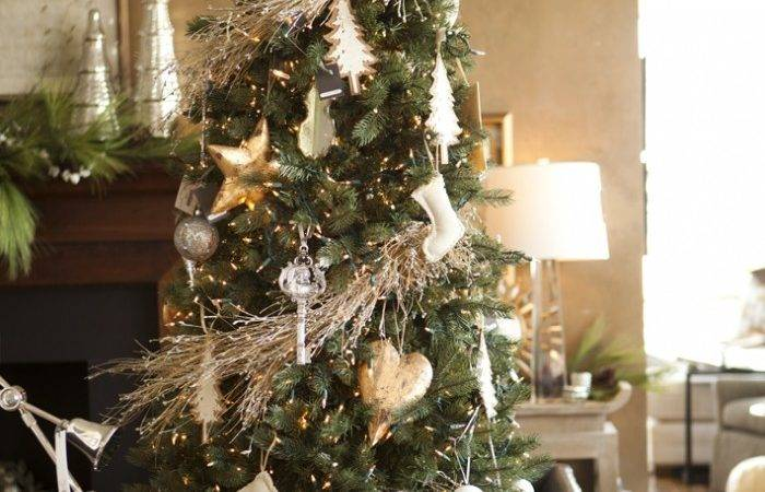 Indoor Decor Techniques Make Your Home Festive During