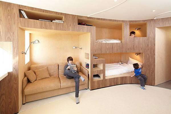 Innovative Wooden Wall Several Bunk Beds Decoist