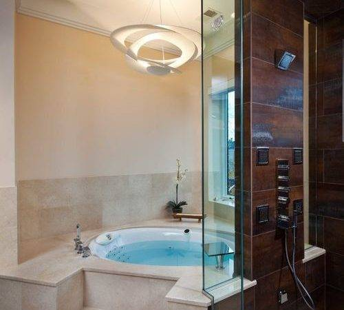 Jacuzzi Tub Ideas Remodel Decor