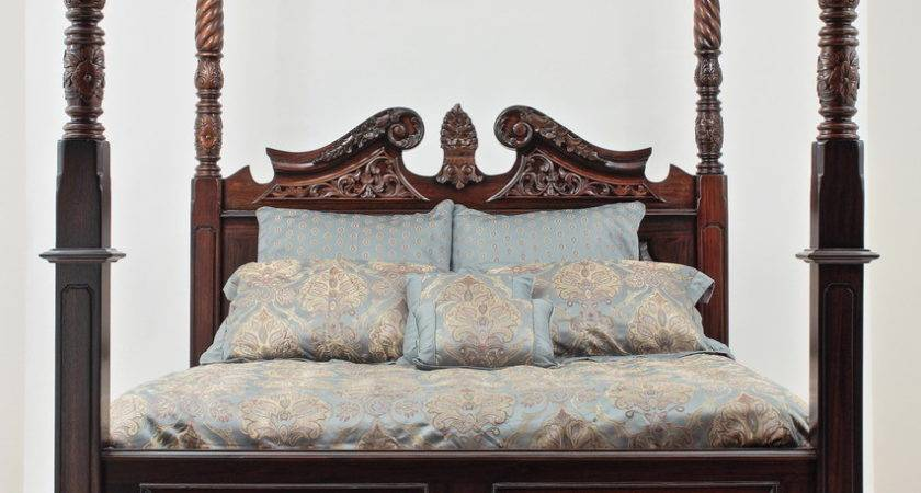 King Four Poster Canopy Bed Laurel Crown