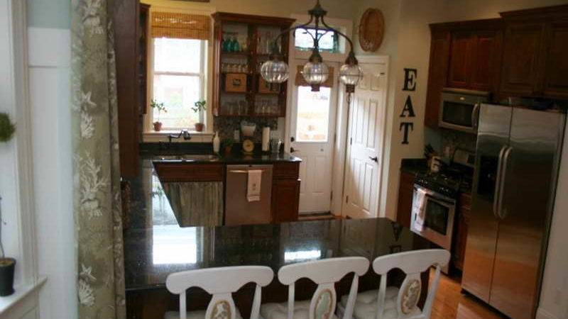 Kitchen Neutral Paint Colors White Chairs