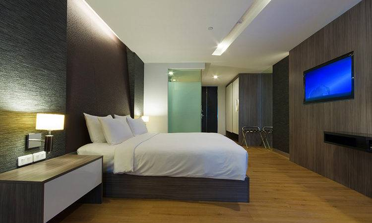 Less More Hotel Design Jll Real Views