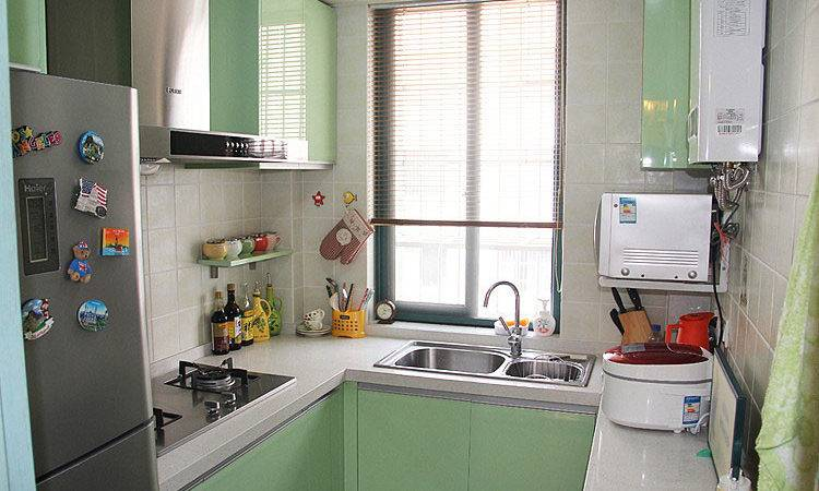 Light Green Kitchen Whole Cabinet