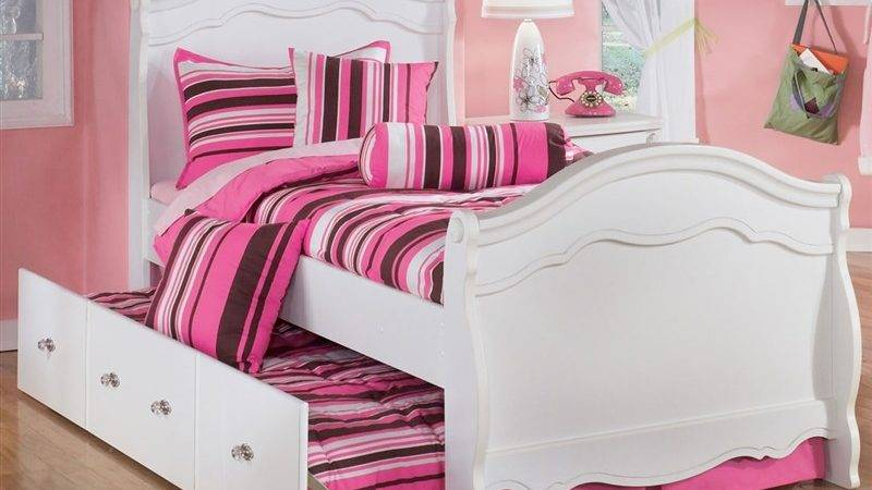 Little Girls Princess Bedroom Transforms Big Girl Twin